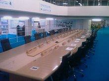 とまの気ままな日記-拡大会合用会議テーブル