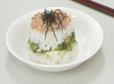 カップ寿司7