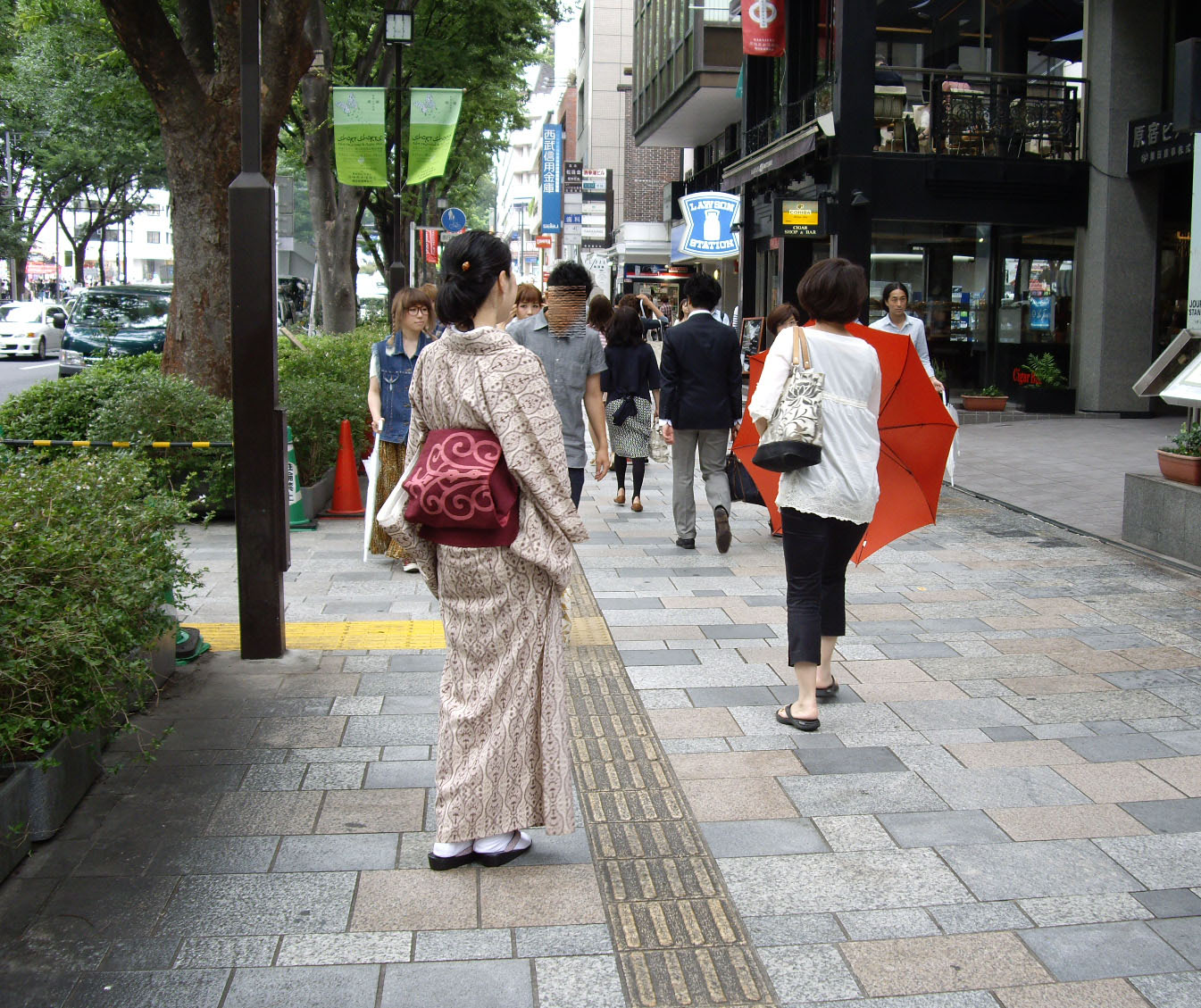 girls dayout in kimono