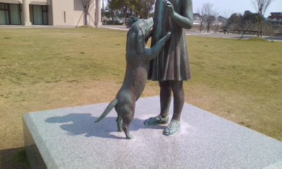 少女と犬2