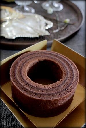 石屋製菓 TSUMUGI チョコバウム (5)