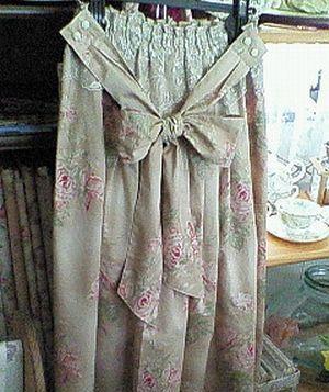 薔薇のスカート1