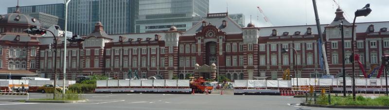 東京駅全景写真
