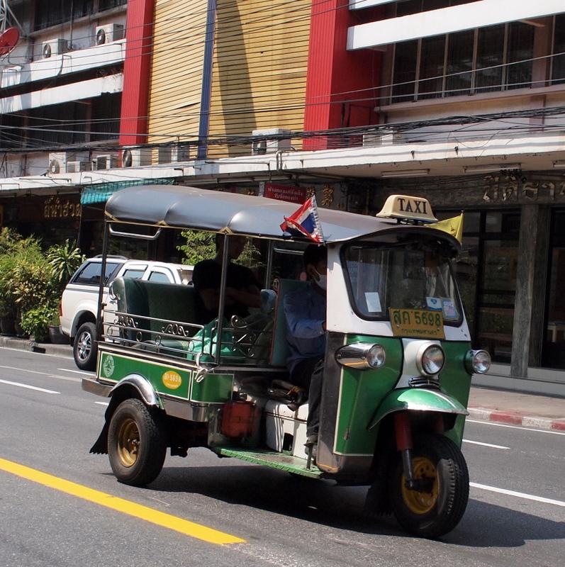 ■ まさいさん、トゥクトゥクに乗る タイ紀行