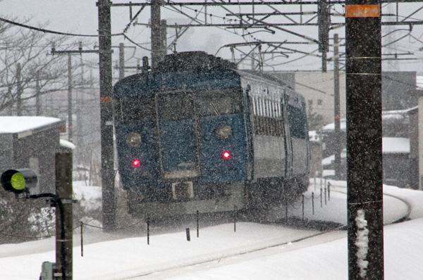 青い電車3