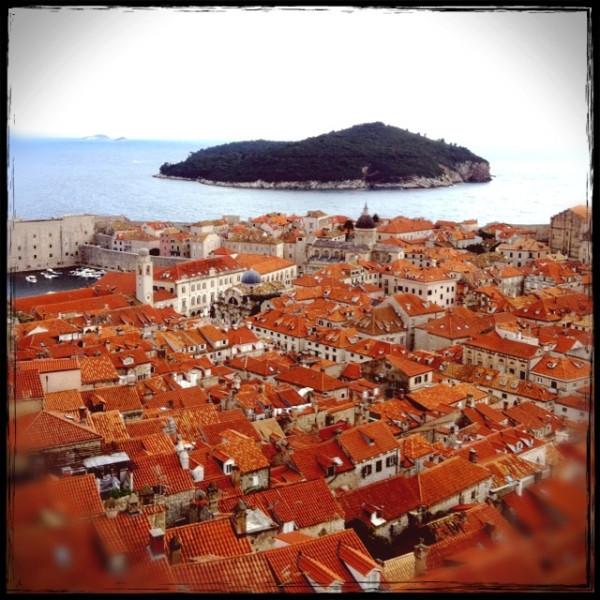 城壁から見たドブロブニク旧市街