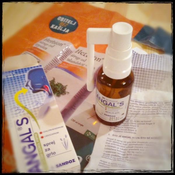 海外で買ったスプレータイプの薬