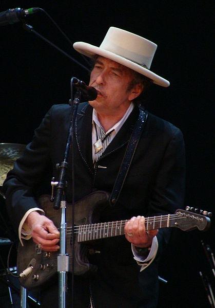 419px-Bob_Dylan_-_Azkena_Rock_Festival_2010_2.jpg
