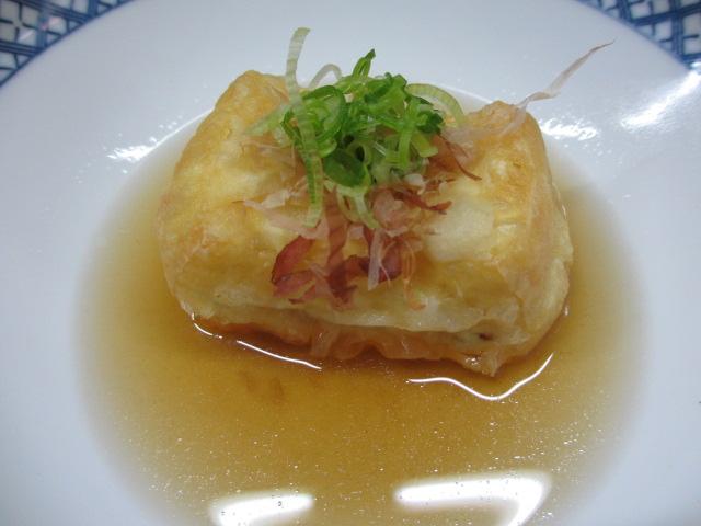 温泉民宿こぶち 朝食(揚げ出し豆腐)
