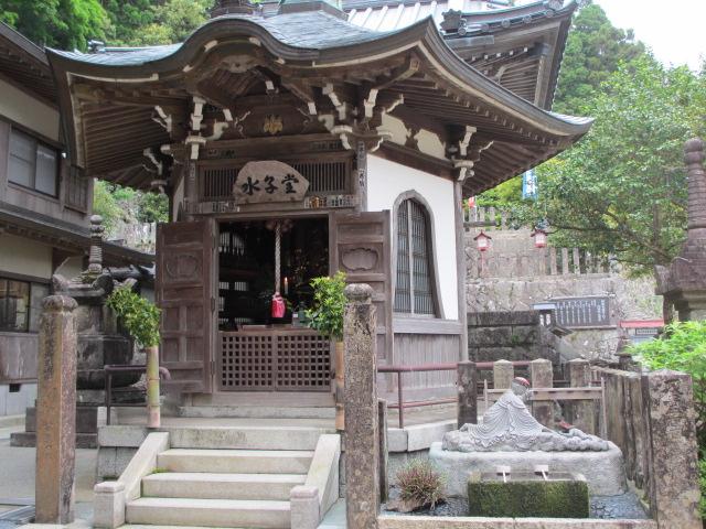 那智山青岸渡寺(水子堂)