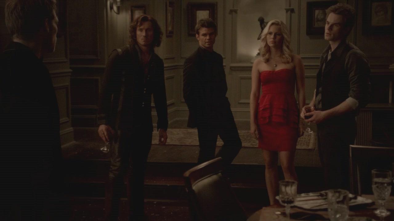 The-Vampire-Diaries-3x13-Bringing-Out-the-Dead-HD-Screencaps-elijah-28812079-1280-720.jpg