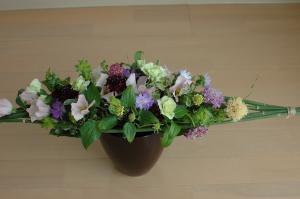 水平形の花束