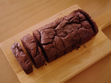 シナモン風味のチョコレートパウンドケーキラスク05