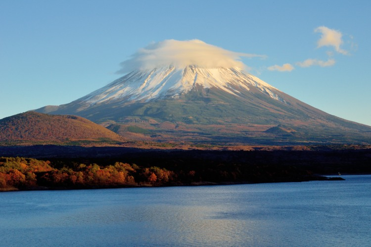 本栖湖の富士山4