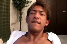 ゲイ動画:イケメンマッサージ師に金をチラつかせ・・・ !!