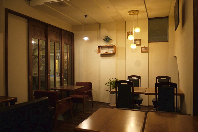 cafe one010