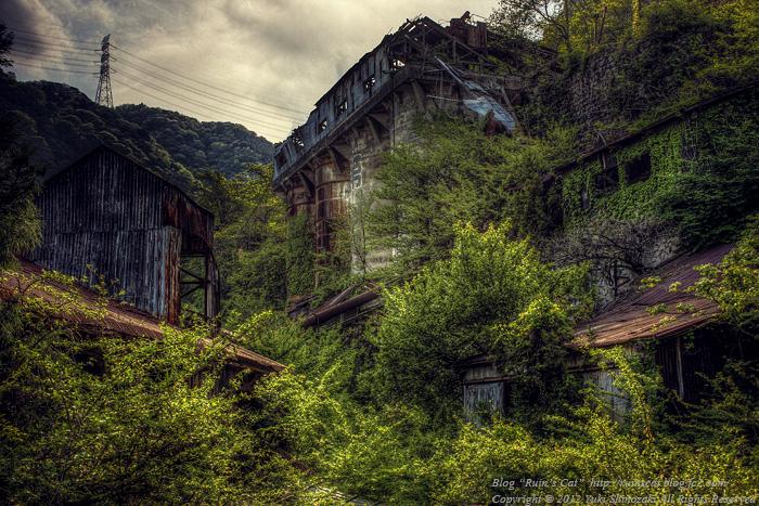 白石鉱山 最上部遺構群