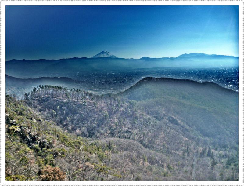 里山とさくらの写真